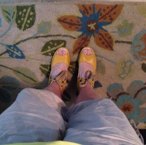 I was apprehensive about buying yellow shoes, but somehow, they make me happy! Happy dance!